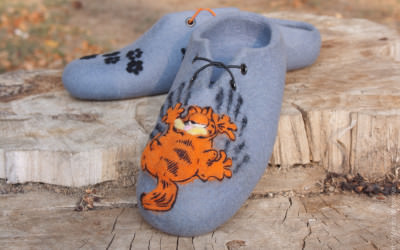 Felted_slippers_Garfield08