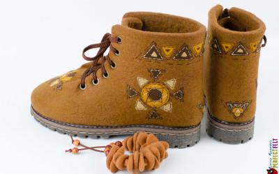 Ботинки Масленица рисунок на голянище