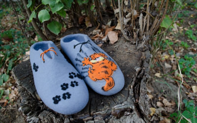 Felted_slippers_Garfield3