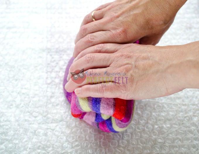 Як правильно зробити виріз на валяних тапочках