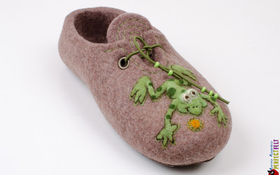 frog_slippers13